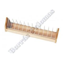 Comedero de madera con sep.basculante 60 cm.